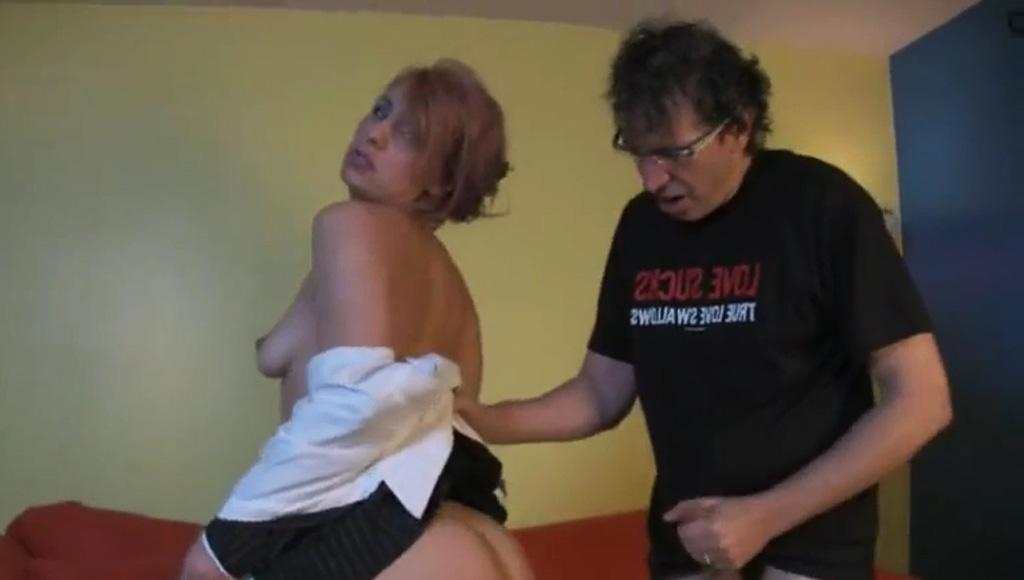 Секс с сотрудником офиса у него дома