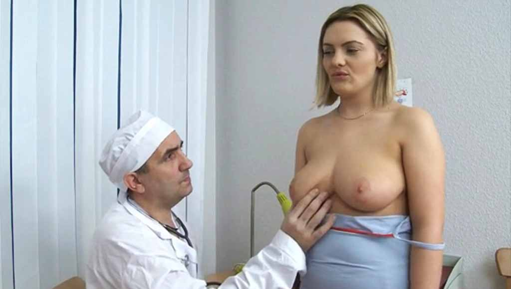 Доктор поимел сексуальную пациентку на приеме